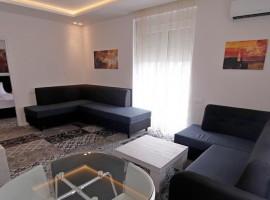 Deluxe Apartment B