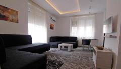 Luxury Apartment B303